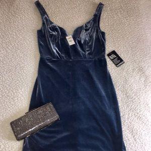 Express Velvet sweetheart dress size 6